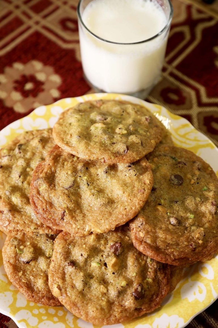 Chocolate Chip Pistachio Cookies