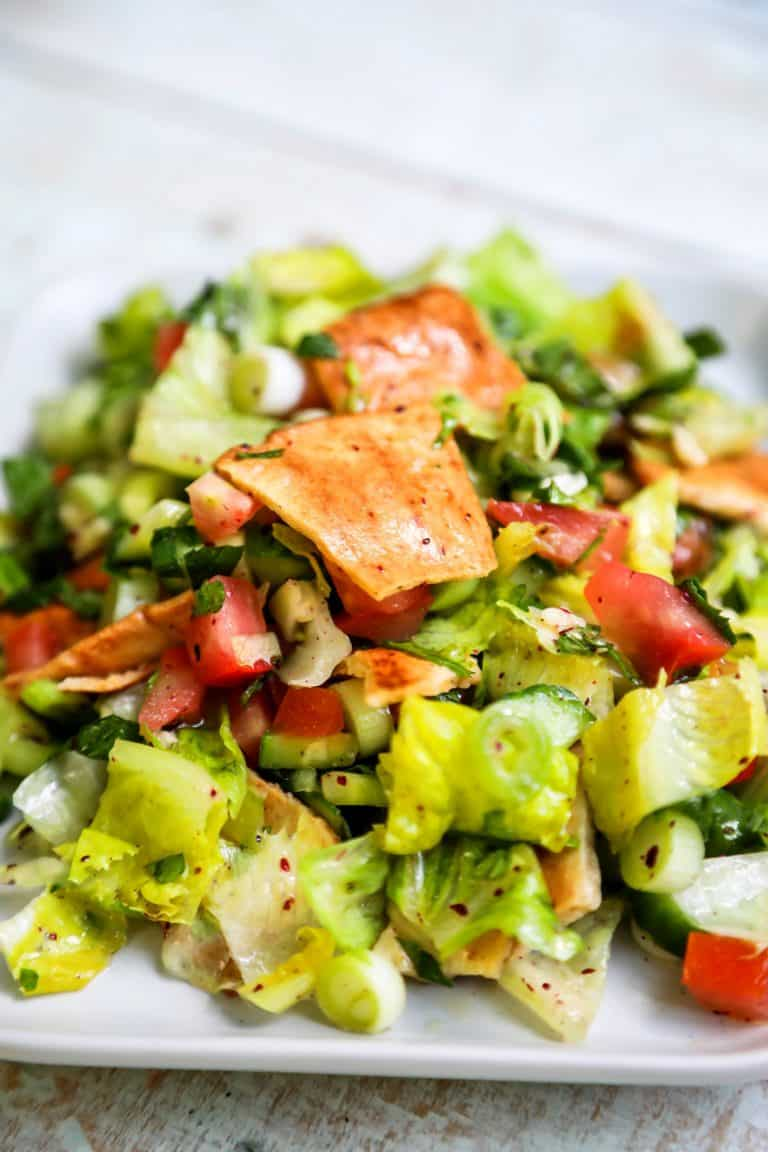 Fattoush Salad (Fresh, Crisp & Delicious)