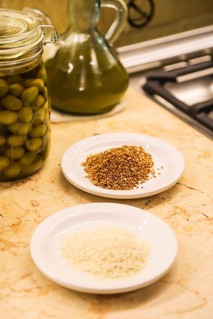 How to roast sesame seeds
