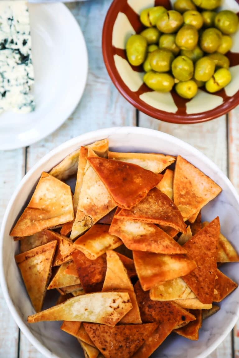Pita Chips (The Crispy Crunchy Way)